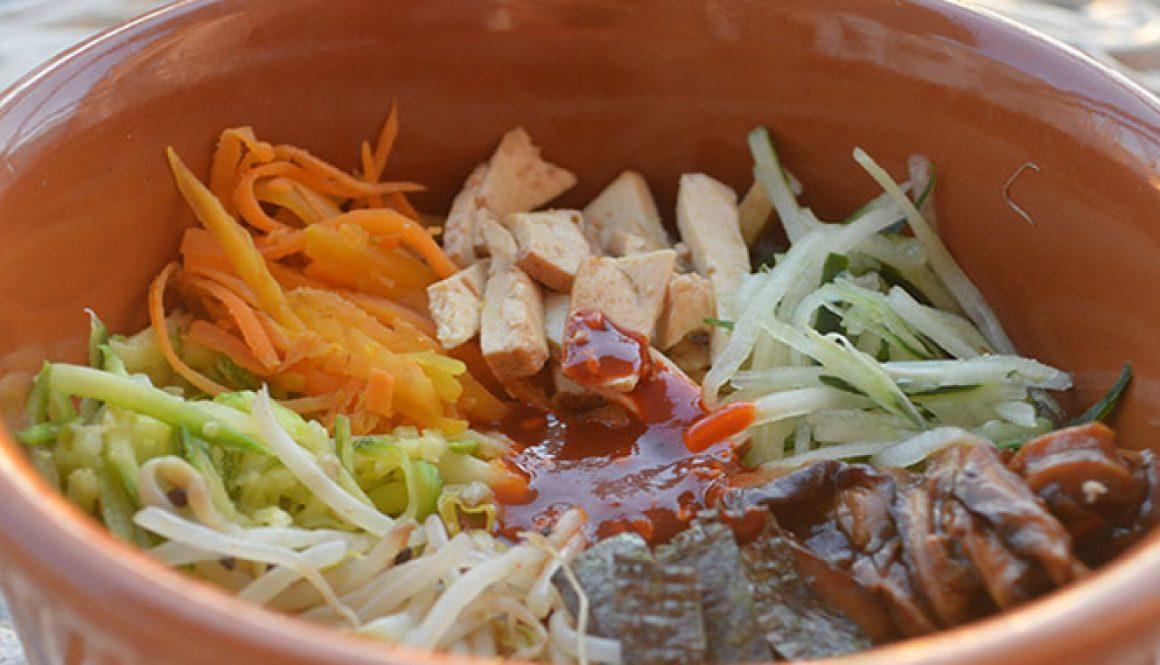 """Bibimbap vegetariano: o """"mexidão"""" coreano"""
